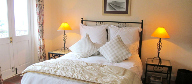 ON THE VERMONT GUESTHOUSE, HERMANUS